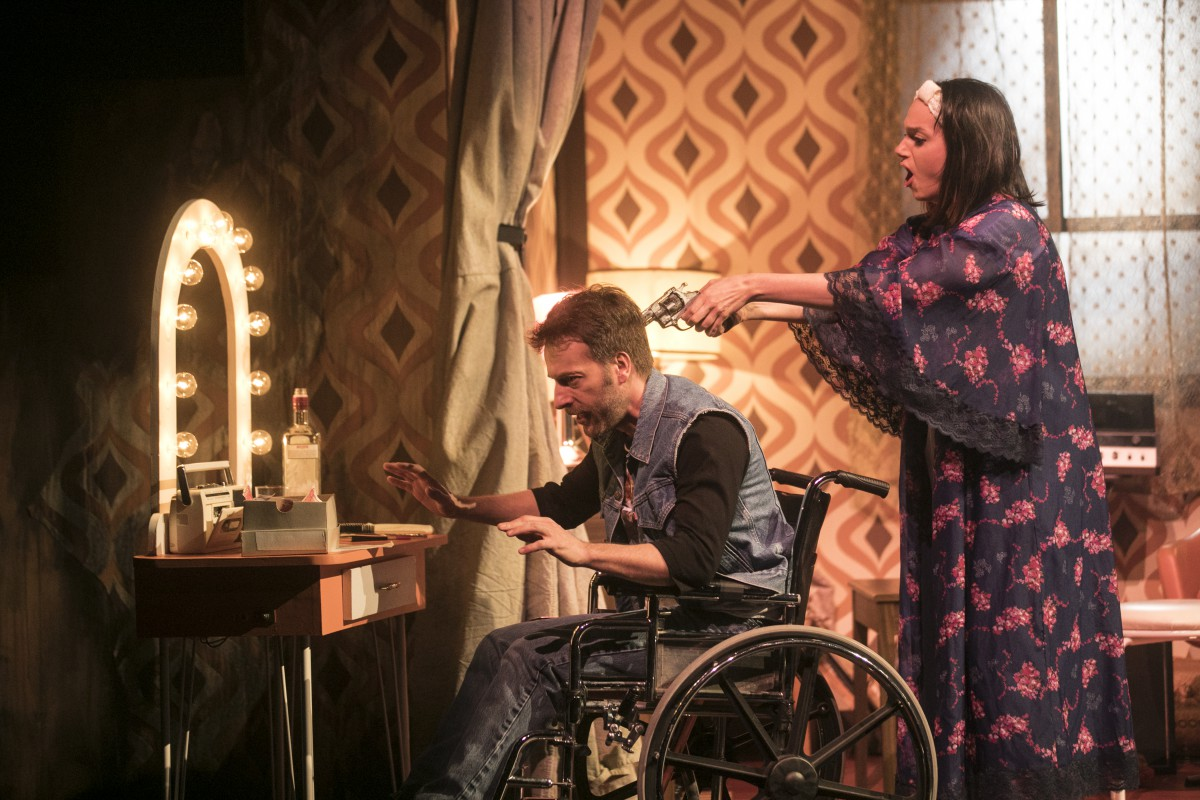 Entre humour et désespoir : critique de la pièce Lucky Lady de Jean-Marc Dalpé
